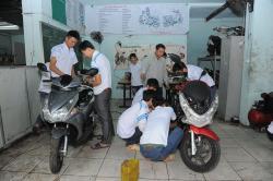 Nghề sửa chữa xe máy là ngành có từ lâu nhưng chưa bao giờ hết hot