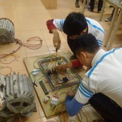 Thực hành lắp các mạch điện điều khiển động cơ 3 pha - Dạy Nghề Thanh Xuân