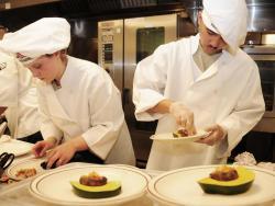 Những điều mà bạn chưa được cảnh báo khi học nghề đầu bếp.