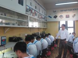 Bài học thực hành của lớp sửa chữa Điện Thoại Di Động ngày 24/11/2017
