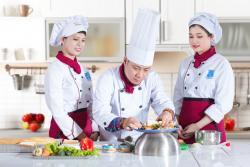 Học Nấu Món Âu - Bếp Âu căn bản