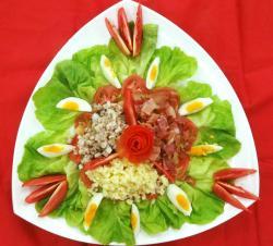 Vào bếp cuối tuần với món Caesar Salad
