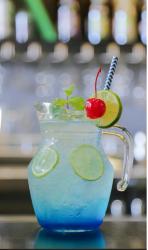 Cách làm Mojito Blue xanh mát màu biển