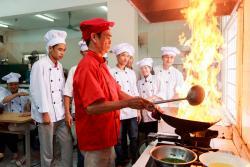 Đầu Bếp Trưởng - Dạy nghề Thanh Xuân