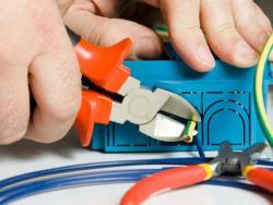 Học sửa chữa điện dân dụng đem đến những lợi ích nào cho người học