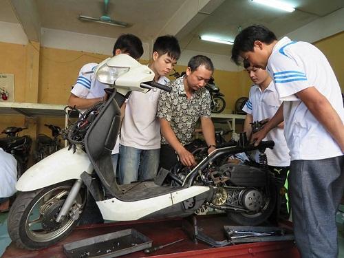 Cửa hàng sửa chữa xe máy uy tín