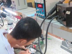 Những thách thức trong ngành sửa chữa điện thoại - Dạy nghề Thanh Xuân