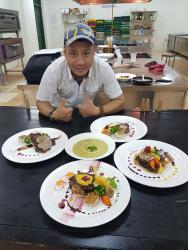 Học viên Trung tâm dạy nghề Thanh Xuân -  Tích cực luyện tập, hướng tới kỳ thi tay nghề Thành phố Hà Nội 2019