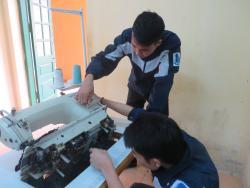 Những lỗi thường gặp và phương pháp sửa chữa máy may 2 kim song song